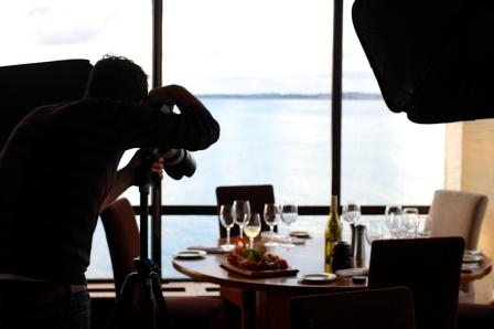 food-restaurant-camera-taking-photo-blog