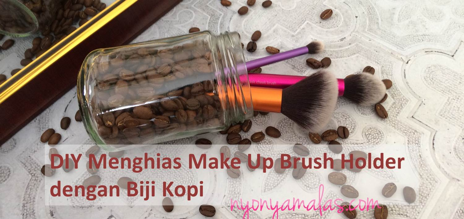 cara-menghias-make-up-brush-holder-dengan-biji-kopi